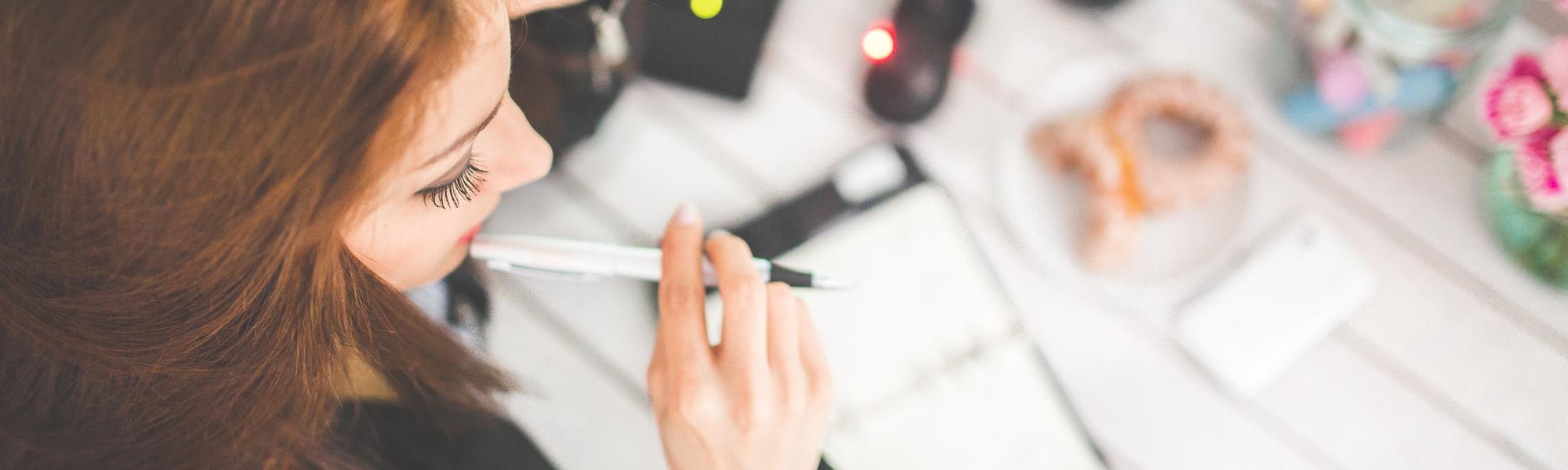 קורס עיצוב גרפי - לימודים אונליין מהבית לתעודה מעצבים גרפיים